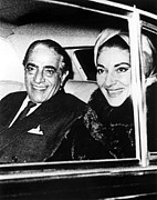 Onassis Framed Prints - Aristotle Onassis And Maria Callas Framed Print by Everett