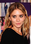 In Attendance Prints - Ashley Olsen In Attendance For The 2010 Print by Everett
