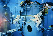 Repair Framed Prints - Astronauts Underwater Rehersal, Hst Repair Mission Framed Print by Nasa