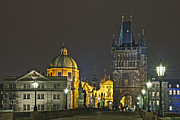 Travel Images Worldwide - At the Charles bridge