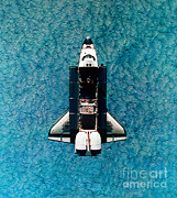 Space-craft Metal Prints - Atlantis Space Shuttle Metal Print by Science Source
