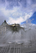 Munchen Prints - Atmospheric fountain Print by Andrew  Michael
