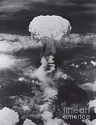 A-bomb Framed Prints - Atomic Bomb, Hiroshima, 1945 Framed Print by Science Source