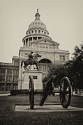 Capitol Of Austin Framed Prints - Austin Capitol Framed Print by Lisa  Spencer