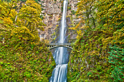 Jon Mack - Autumn at Multnomah Falls