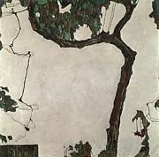 Tree Leaf Painting Prints - Autumn Tree Print by Egon Schiele