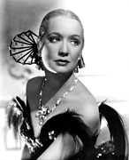 Bare Shoulder Framed Prints - Barbary Coast, Miriam Hopkins, 1935 Framed Print by Everett