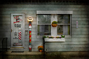 Barber - Belvidere Nj - A Family Salon Print by Mike Savad