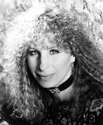 Choker Photos - Barbra Streisand, Portrait, 1983 by Everett