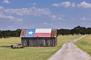 Dirt Art - Barn Painted as the Texas Flag by Jeremy Woodhouse