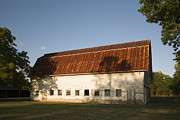Rusted Tin Roof Photos - Barn With Rusted Tin Roof by Roberto Westbrook