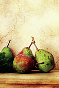 Pear Art Photo Prints - Bartlett Pears Print by Stephanie Frey