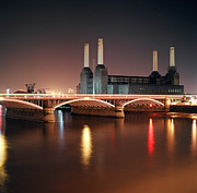 Mark A Paulda - Battersea Power Stat...