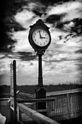 Thanh Tran - Beach Clock