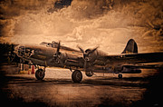 Historic Aviation Prints - Belle Of The Ball Print by Peter Chilelli