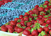 Farmstand Metal Prints - Berries Metal Print by Janice Drew