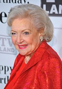 Betty Photo Framed Prints - Betty White At Arrivals For Betty Framed Print by Everett
