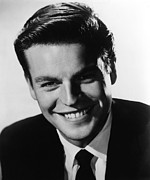 1950s Portraits Prints - Between Heaven And Hell, Robert Wagner Print by Everett