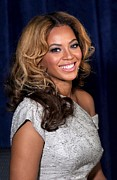 Lip Gloss Prints - Beyonce Knowles At A Public Appearance Print by Everett