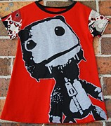 T-shirt Tapestries - Textiles - Big Ted by Enoch And Plonk