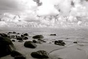 Seascapes - Black and White Beach Scene by Kicka Witte - Printscapes