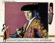 Lobbycard Photo Framed Prints - Blood And Sand, Rudolph Valentino, 1922 Framed Print by Everett