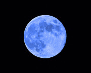 Lunation Prints - Blue Moon Close Up Print by Al Powell Photography USA
