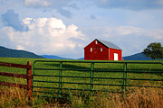 Linda Mesibov - Blue Ridge Barn