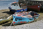 Beached Photos - Boat 0003 by Carol Ann Thomas