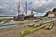 Boats And Logs At Pin Mill Print by Gary Eason