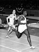 Finish Line Metal Prints - Bob Hayes, Winning The 60-yard Dash Metal Print by Everett