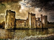 Peter Daltrey Art - Bodiam Castle by Peter Daltrey
