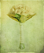 Bouquet Of Roses Prints - Bouquet Print by Linde Townsend