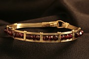Hand Crafted Originals - Bracelet w garnet beads by Alicia Short