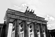 Tor Photo Framed Prints - Brandenburg Gate - Berlin Framed Print by Juergen Weiss