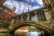 Cambridge Metal Prints - Bridge Of Sighs - Cambridge Metal Print by Yhun Suarez
