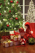 Background Art - Brightly lit christmas tree with lots of gifts by Sandra Cunningham