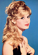 Bare Shoulder Framed Prints - Brigitte Bardot, Circa 1960 Framed Print by Everett