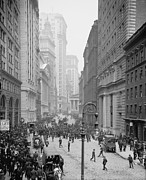 Stock Markets Posters - Broad Street Looking North Poster by Everett