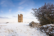 Andrew  Michael - Broadway tower in winter...