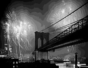 Brooklyn Bridge Posters - Brooklyn Bridge Fireworks BW16 Poster by Scott Kelley