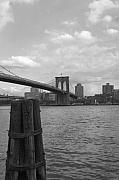 Manhattan Greeting Cards - Brooklyn Bridge III by Henri Irizarri