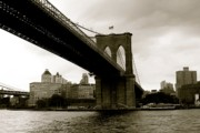 Real People Art Photos - Brooklyn Bridge by Jerry Patterson