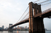 Brooklynbridge Prints - Brooklyn Bridge Print by Leslie Philipp