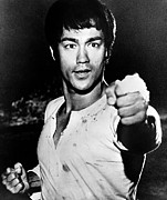 Bruce Lee Photos - Bruce Lee, C. 1971 by Everett