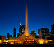 Chicago Illinois Posters - Buckingham Fountain Nightlight Chicago Poster by Steve Gadomski