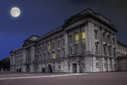 Buckingham Palace Digital Art Prints - Buckingham Palace Print by Jaroslaw Grudzinski