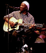 Collectibles Prints - BUDDY GUY Buddy Guy Print by Iconic Images Art Gallery David Pucciarelli