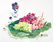White Grape Posters - Bunches Of Grapes On A Platter Poster by Ayako Tsuge