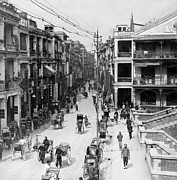 Carriage Road Photos - Busy Hong Kong - c 1906 - Queens Road by International  Images